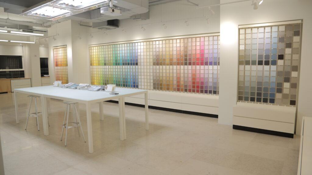 Benjamin Moore Showroom Image