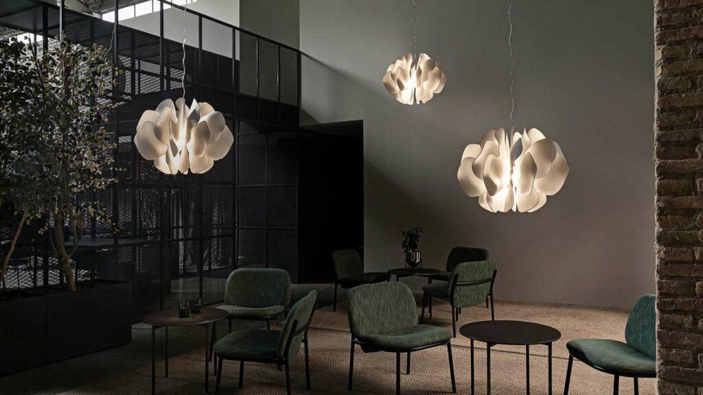Lladró: Light Up the World With Porcelain - Virtual Market